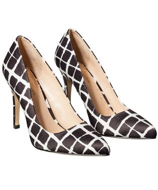 22-pointedtoepump-blackwhiteplaid-2-shoe