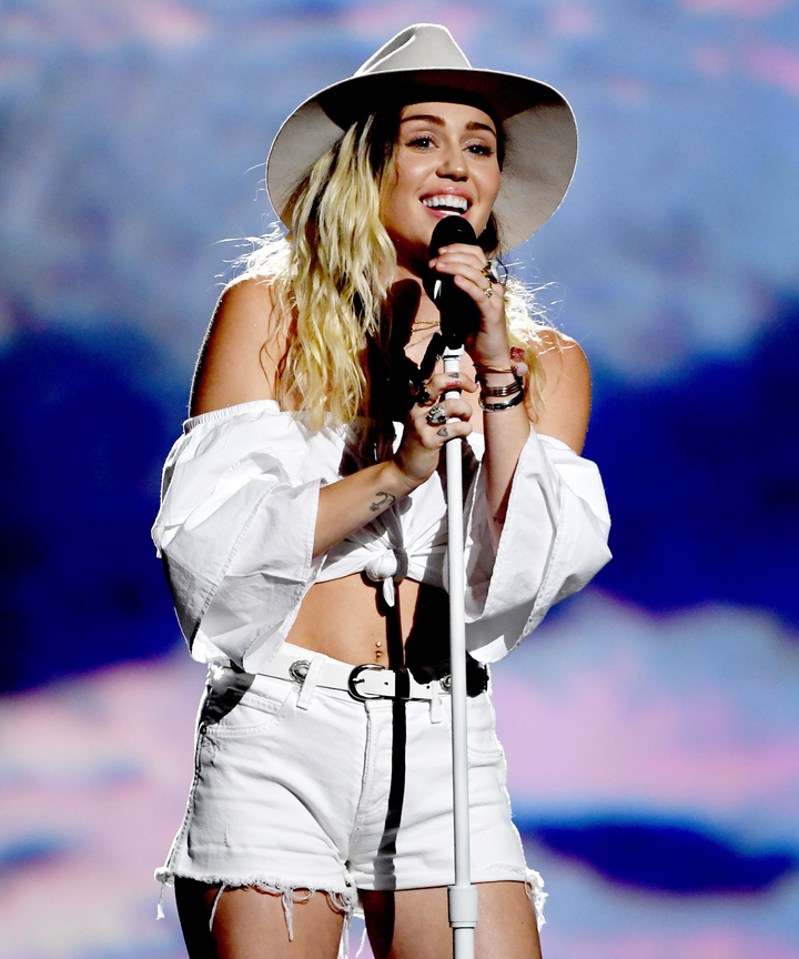 Miley Cyrus releases new single and video for 'Younger Now'