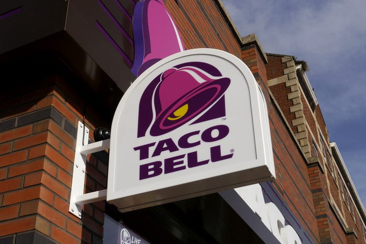 Taco Bell Announced This Valentineu0027s Day That It Would Start Hosting  Weddings In The Chapel Of Its Las Vegas Cantina. And One Couple That Really  Wants To ...