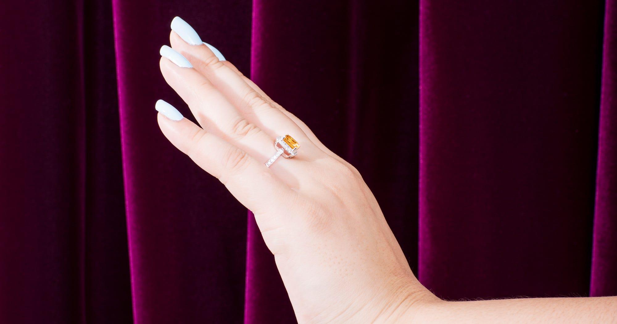 Wearing Fake Engagement Ring At Work Viral Post