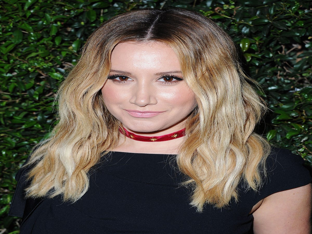 Inside Ashley Tisdale s Gorgeous $2.7M Home (But She s Selling It!)