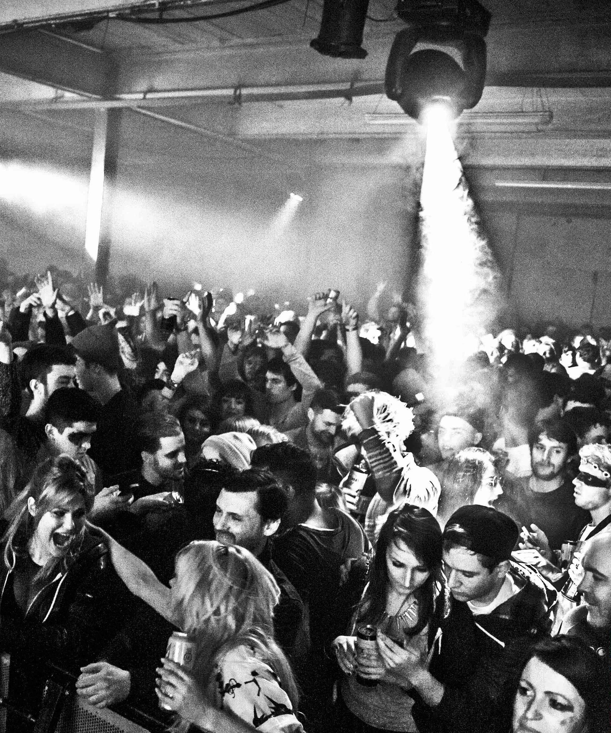 nyd-clubbing