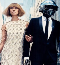 Karlie-Kloss-and-Daft-Punk-in-Vogue-US-August-2013-Editorialop