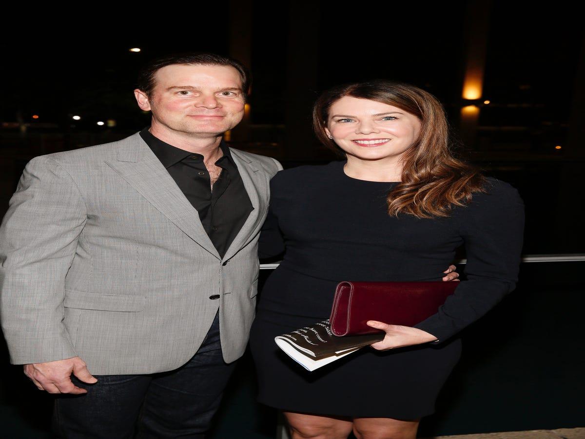 This Gilmore Girls Star Totally Predicted Lauren Graham & Peter Krause s Relationship