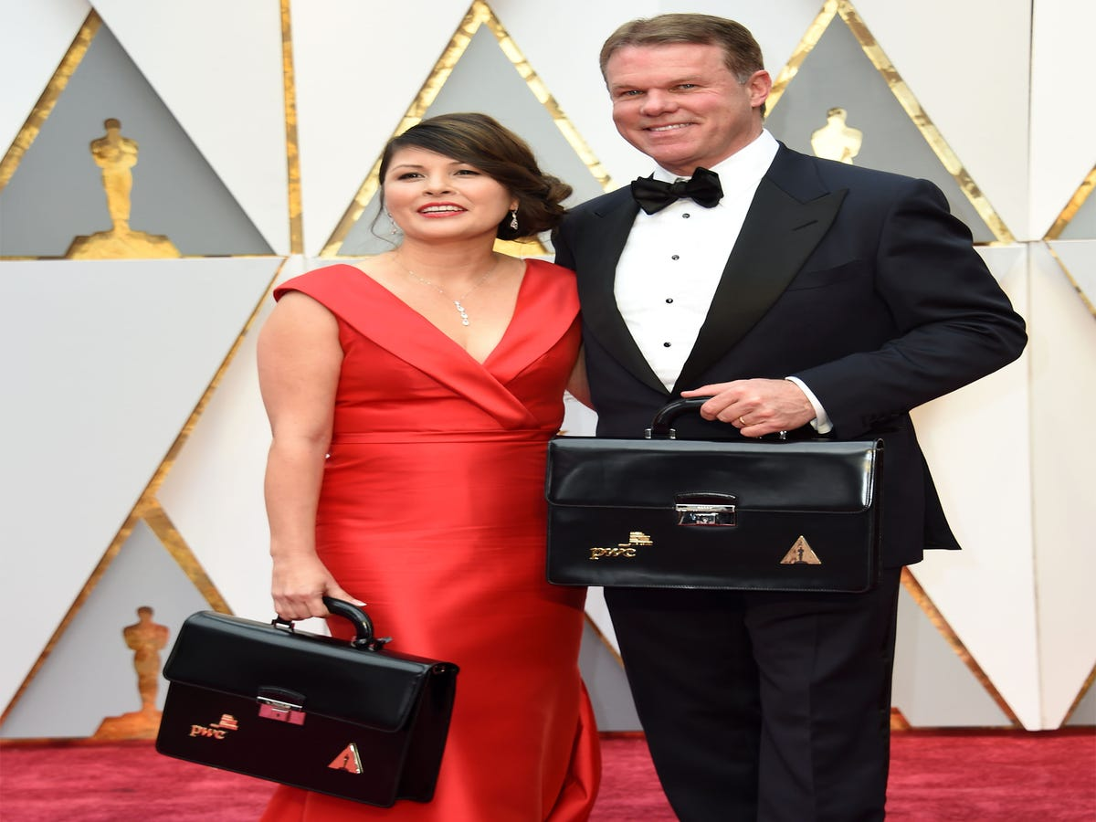 Academy Fires Accountants Responsible For Best Picture Flub