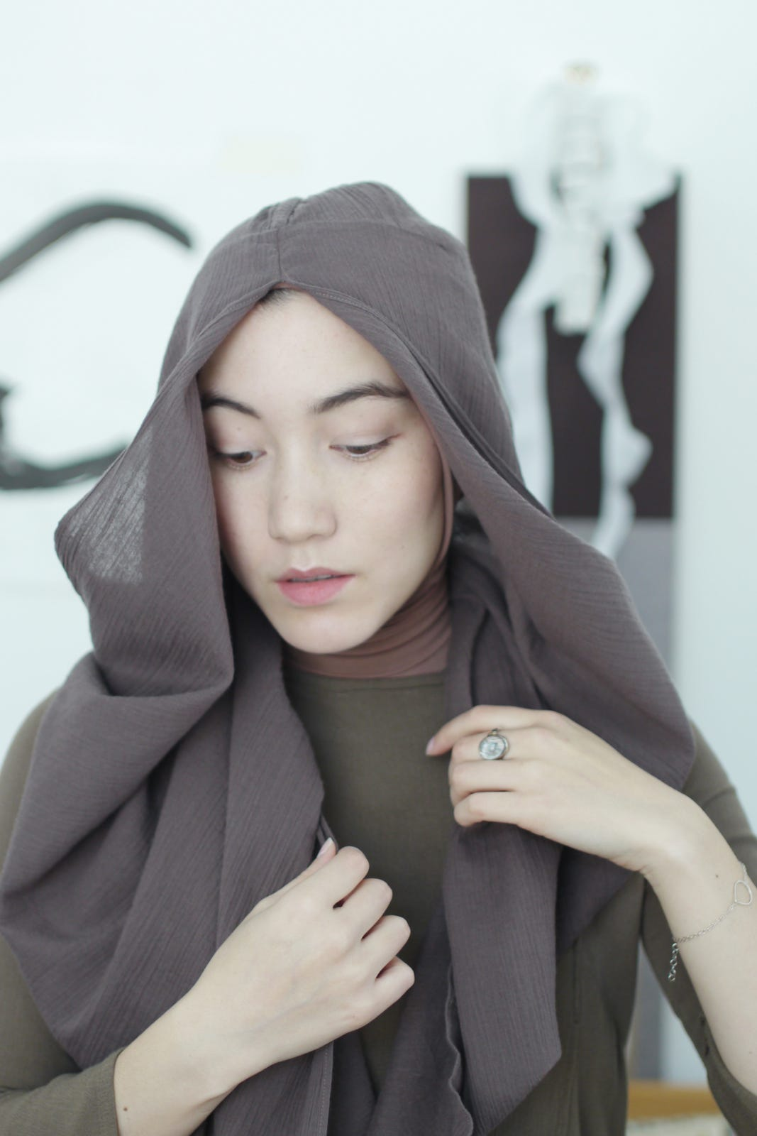 Unique Hijabhana Tajima Hijab Style When Uniqlo Meets Modesty