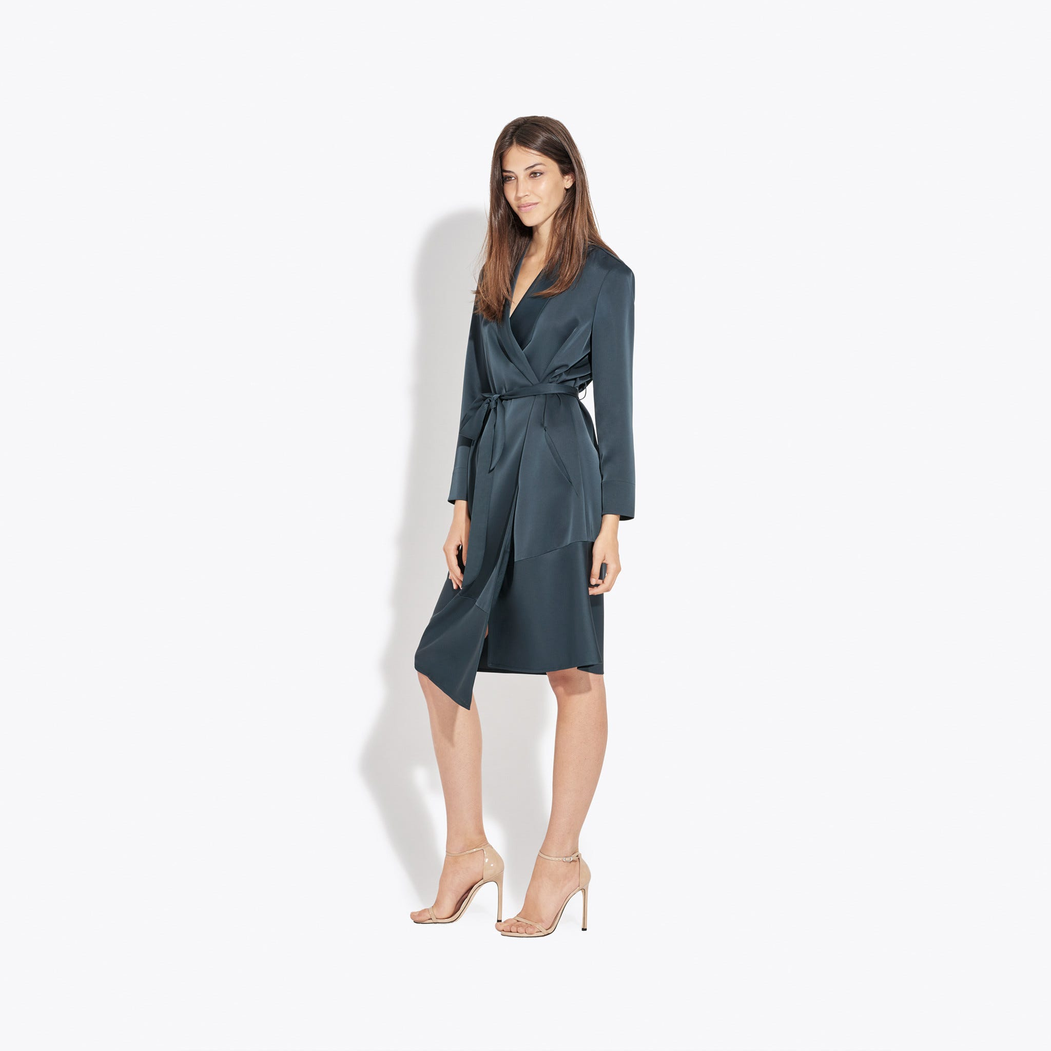 how to dress business casual for women a wrap dress will never let you down