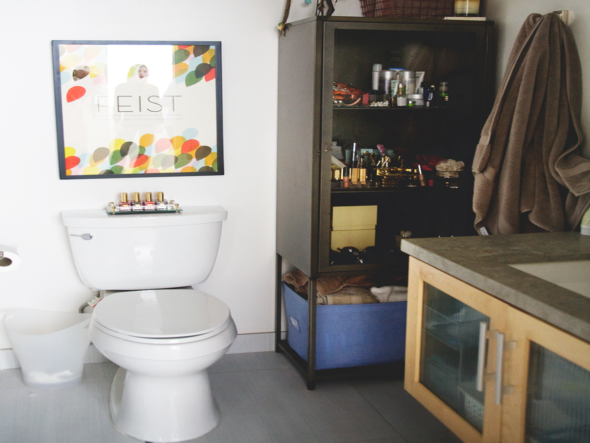 What To Do If Your Poop Is Suddenly Black