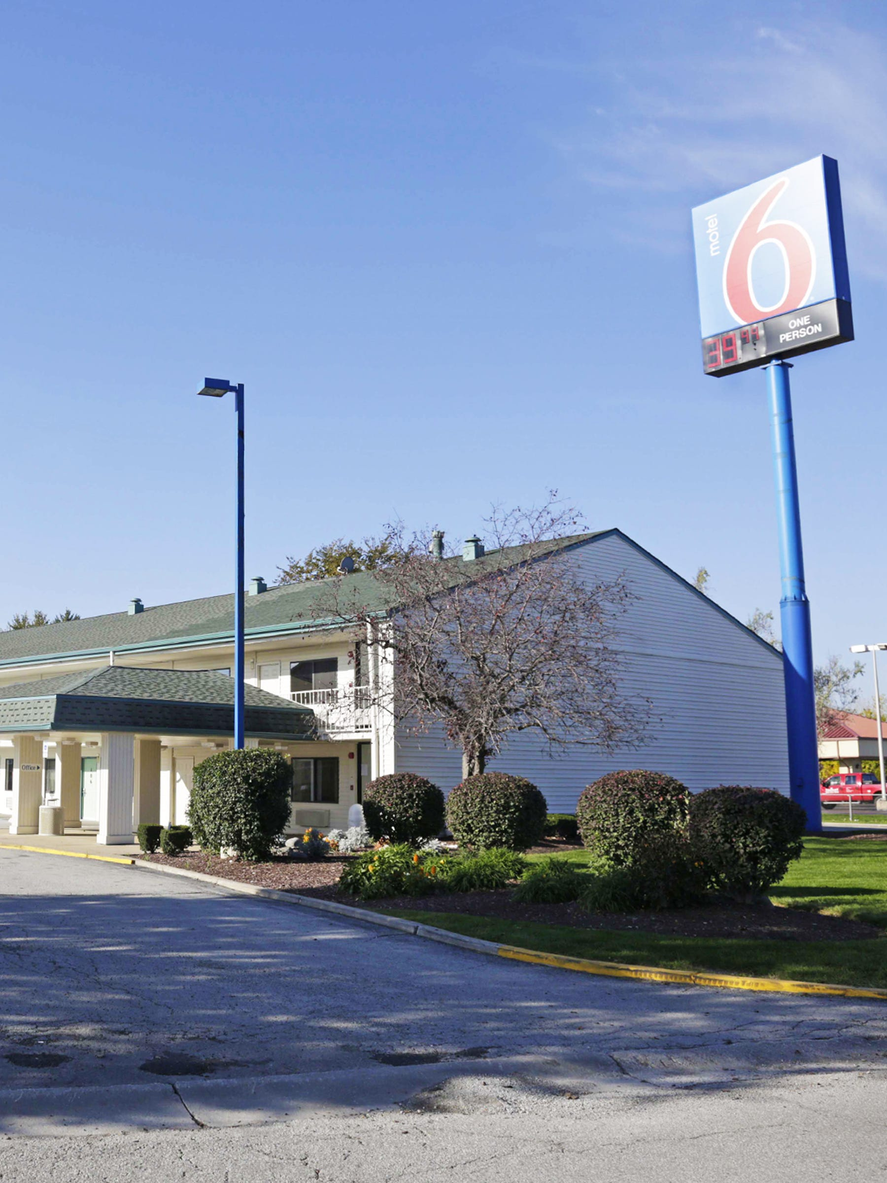 Motel ICE Customer Names Undocumented Arrests - Motel 6 locations map us