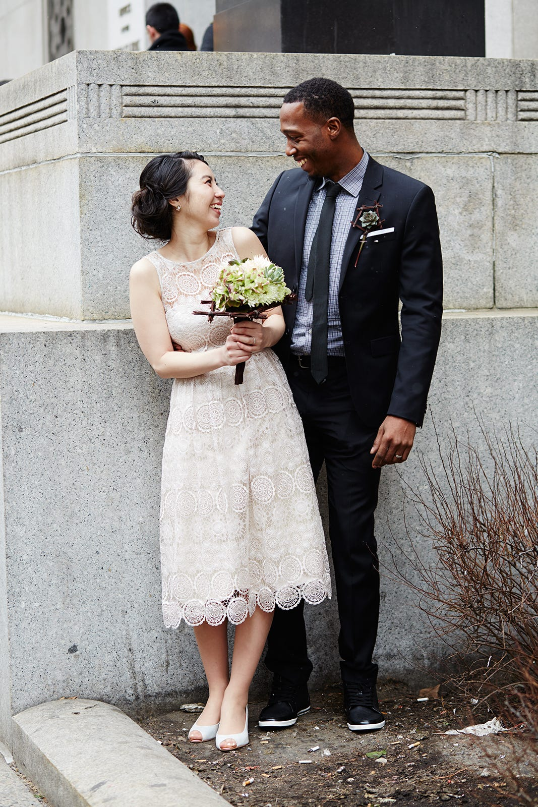 spring city hall wedding pictures in nyc