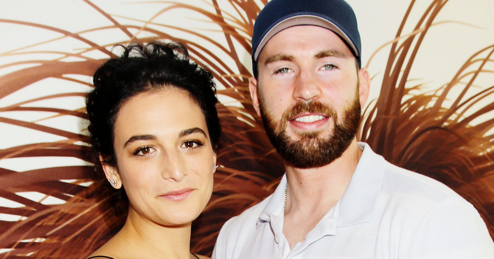 Jenny Slate & Chris Evans Are Officially A Couple