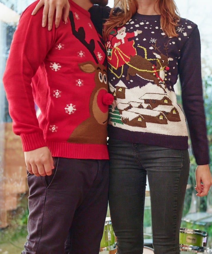 Ugly Christmas sweater wearers get early boarding on Alaska Airlines