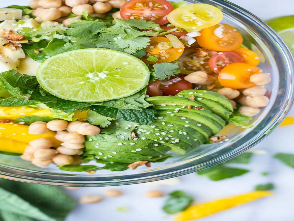 10 Easy Around-The-World Salad Ideas