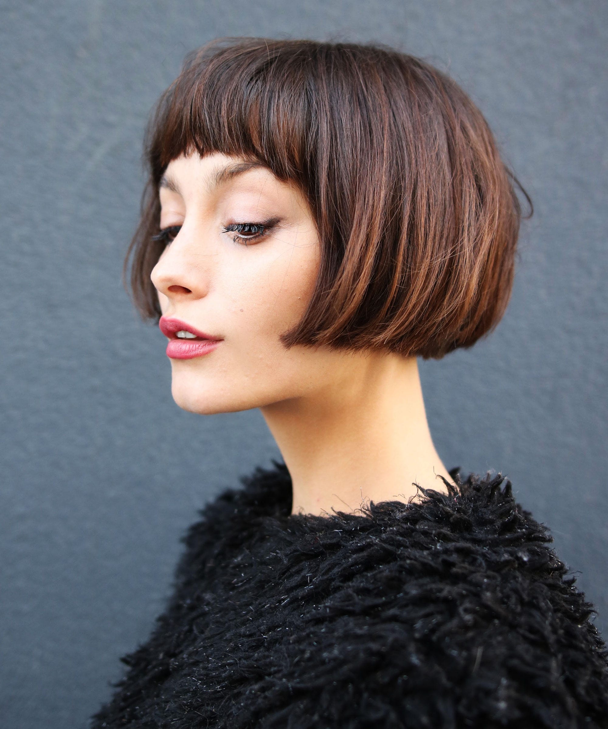 Razor-cut bob hairstyle, textured for a choppy effect