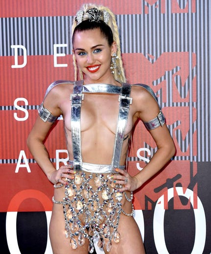 Miley Cyrus Just Pulled A Beyoncé & Dropped Her New Album — For FREE