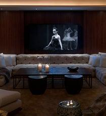 1-768x400-screeningroom-tv7