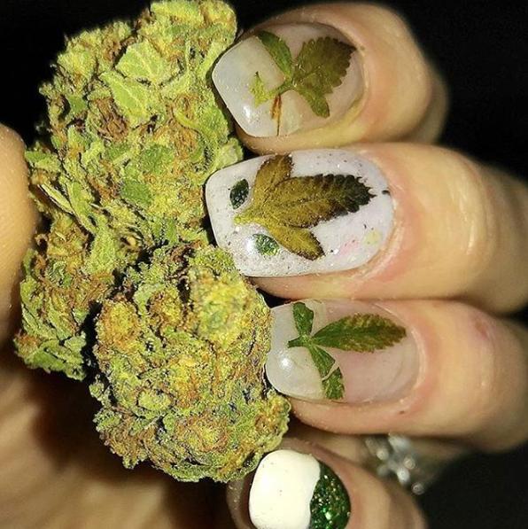 Weed nails new marijuana trend nail art design photo via nailsnnugsinstagram prinsesfo Image collections