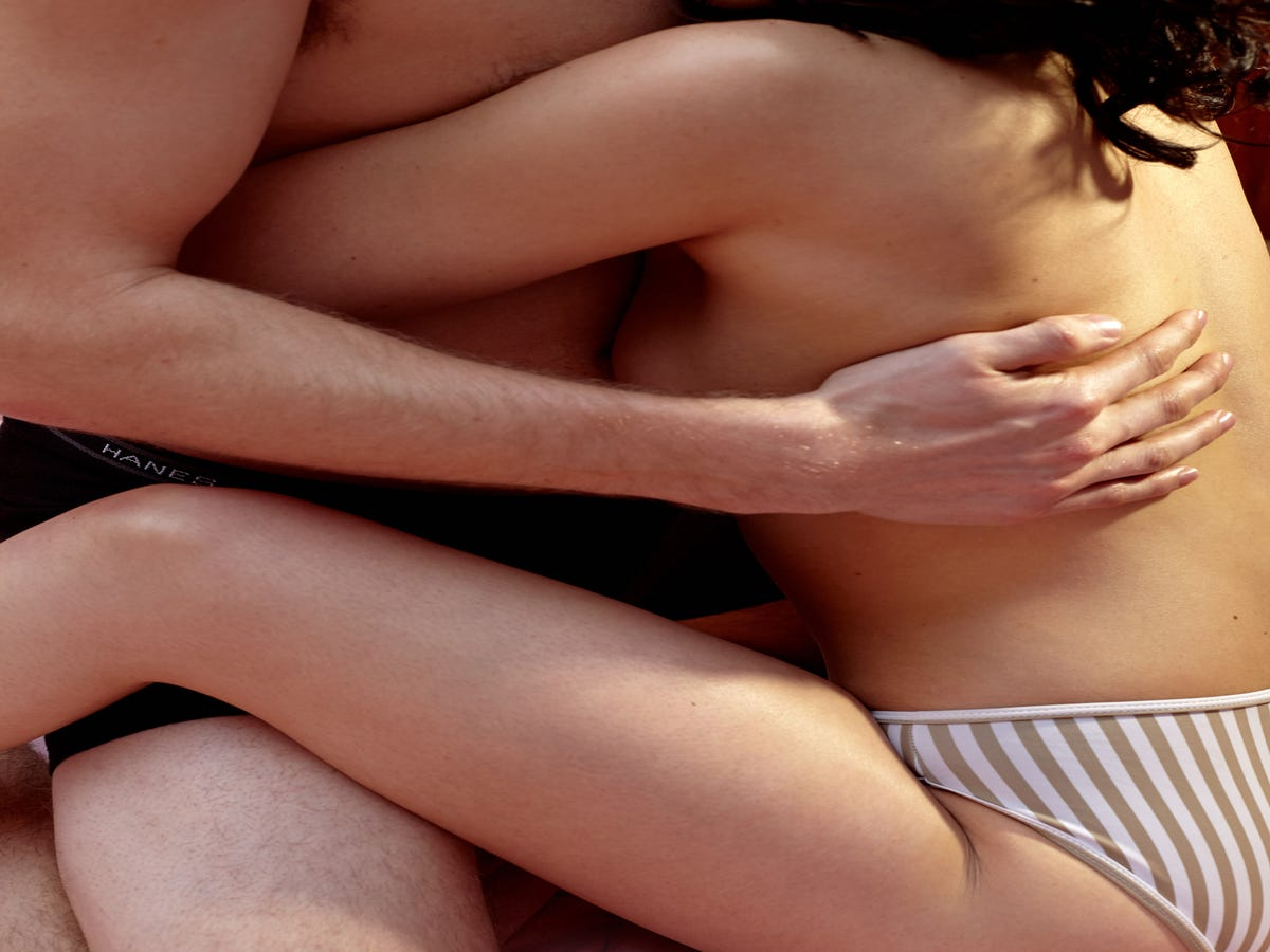 These Sex Positions Will Prove To You That Bigger Isn't Necessarily Better