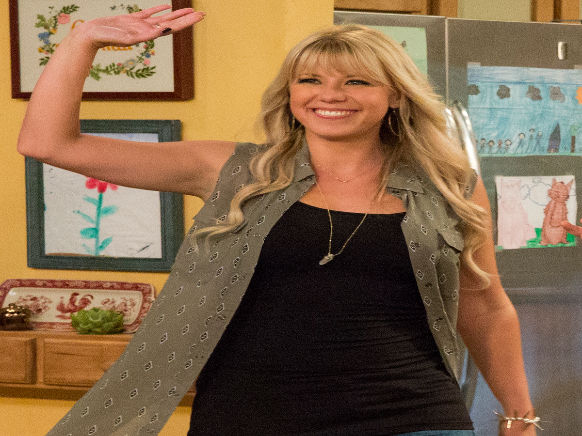 Jodie Sweetin Starts 2017 By Losing Several Inches Of Hair