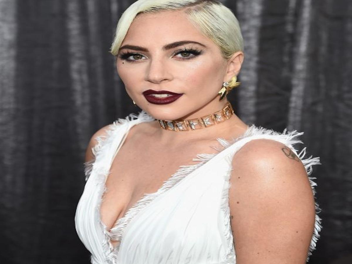 Wenn die Beauty-Routine Urlaub hat: 27 Stars mit & ohne Make-up