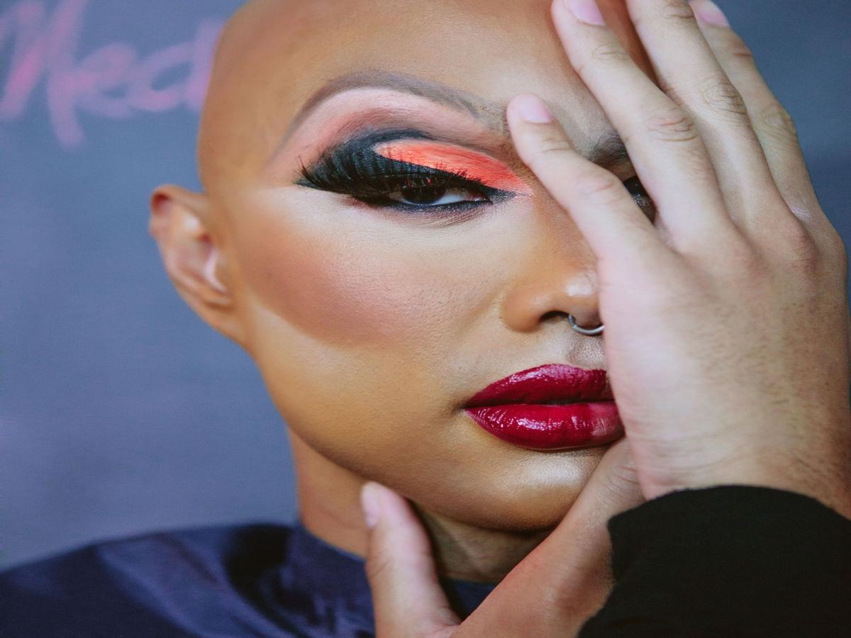 Drag-Make-up: So emotional & lehrreich ist ein Einführungskurs