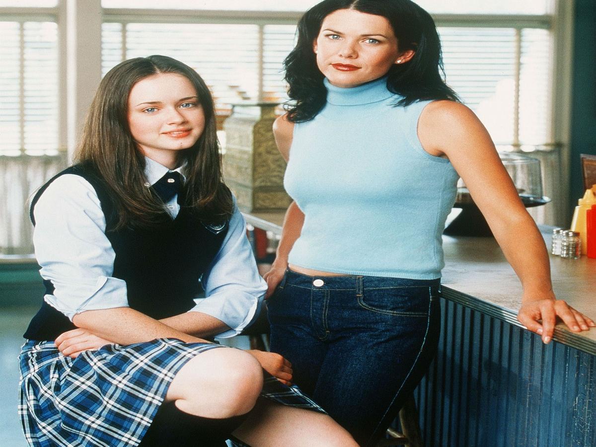 Gilmore Girls: 16 Nebendarsteller*innen, die dir nicht ohne Grund bekannt vorkommen