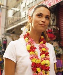custom_opener_INDIA TRAILER SELECTS.Still009