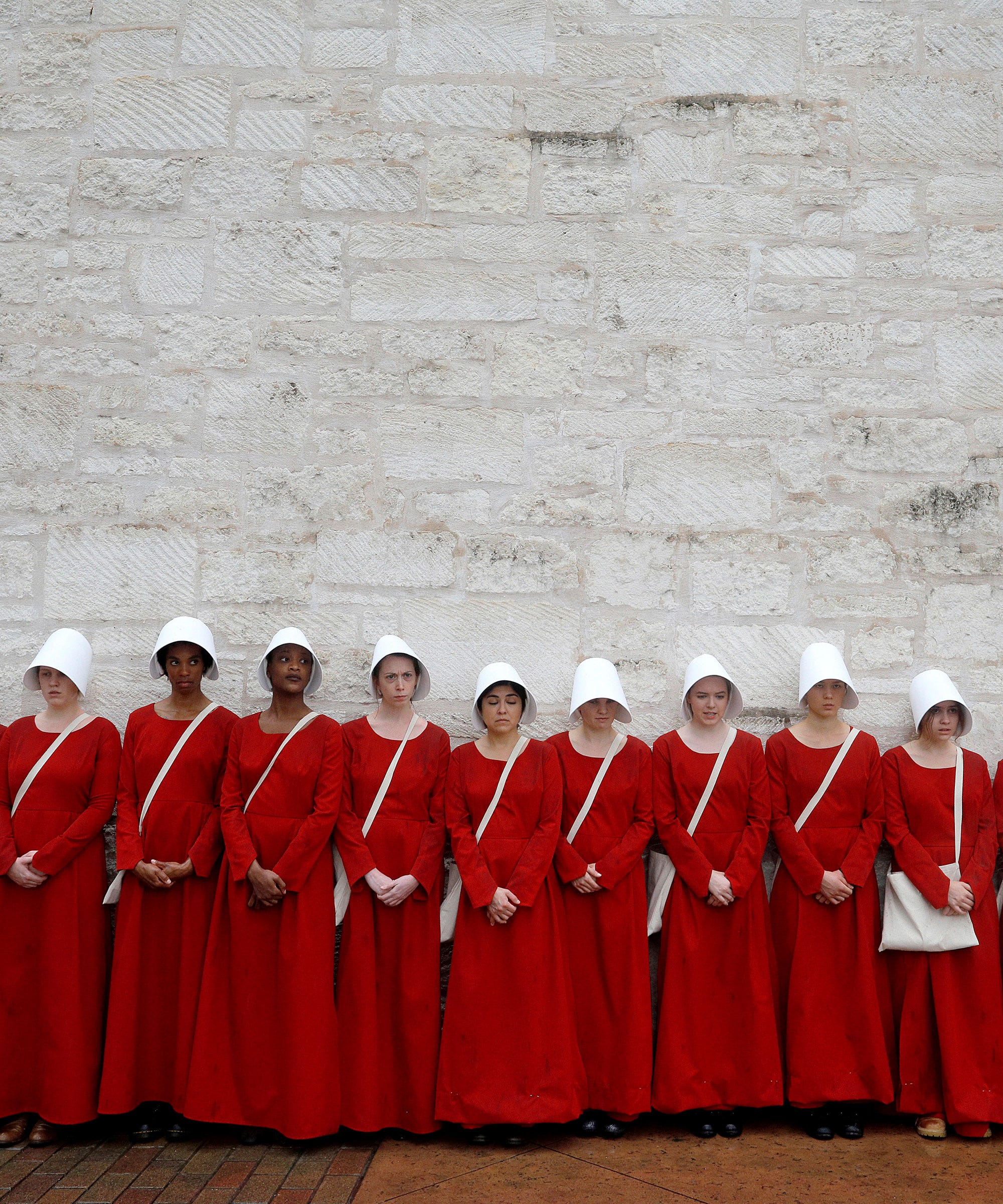 handmaids tale and 1984 The handmaid's tale  are at least as repellent as those in such forerunners as aldous huxley's brave new world in 1932 and george orwell's 1984.