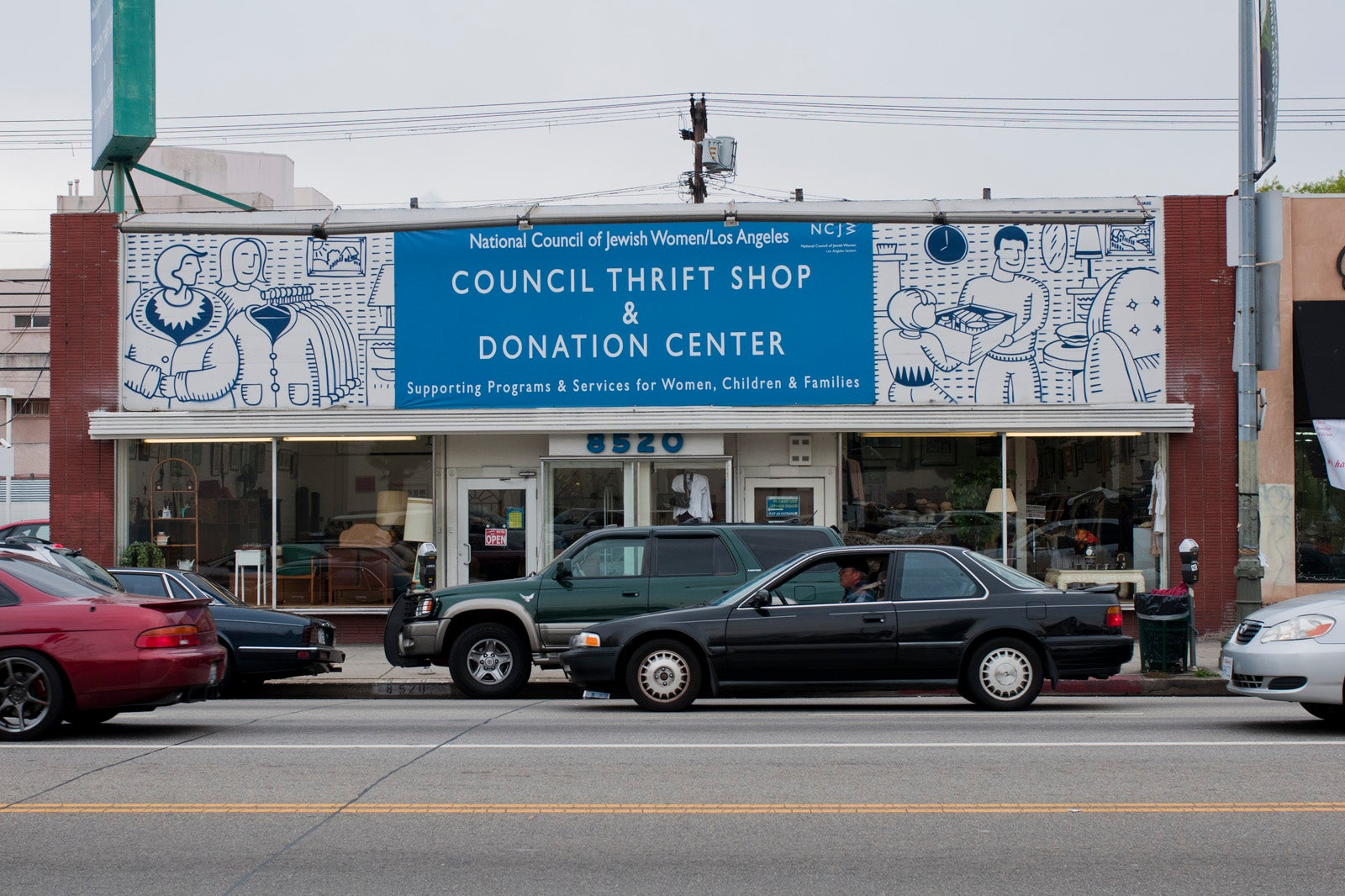 Best thrift stores los angeles cheap vintage shops la for Antique shops in los angeles