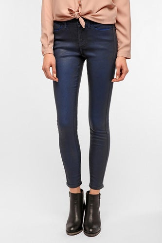 coated-denim-bdg-urbanoutfitters-78