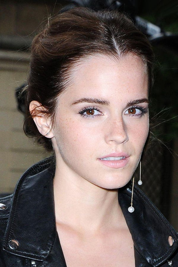 singles in watson There's magic in the air for harry potter star emma watson the actress is dating glee actor chord overstreet, people reported they have been dating.