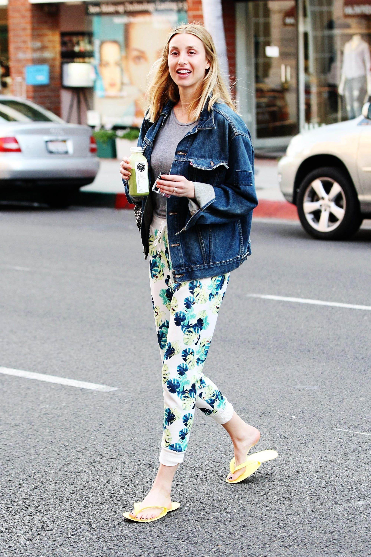 Celebrity Street Style Casual Outfits Rihanna Lady Gaga