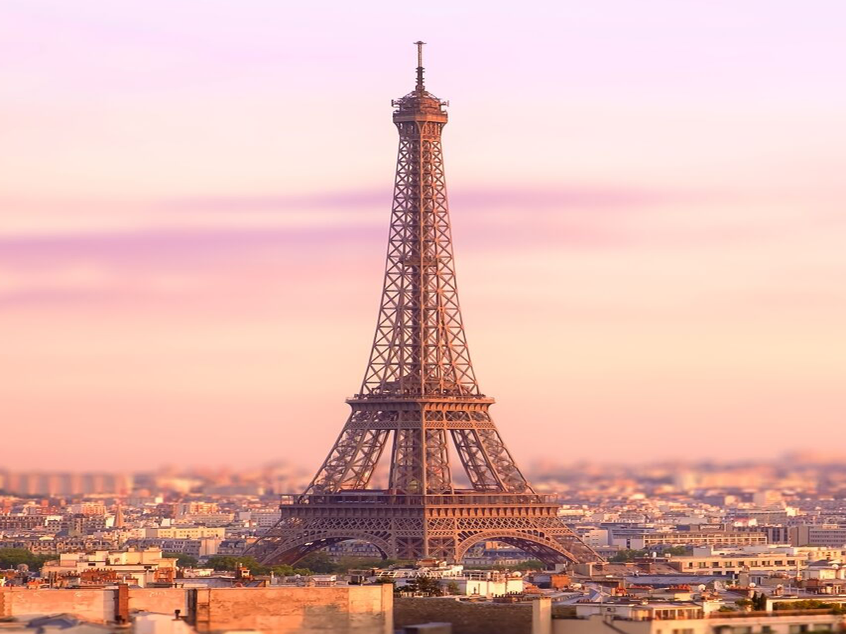 These are the cheapest flights to paris we 39 ve seen in a for Best flights to paris