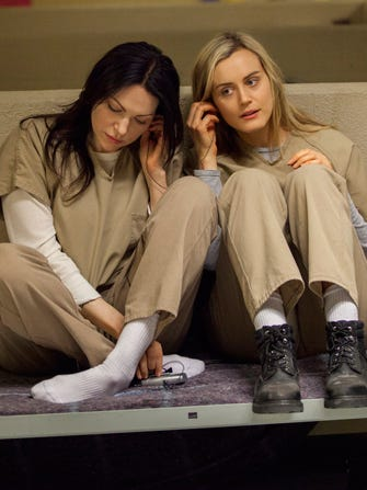 Here's Your First Look At Orange Is The New Black Season 2!