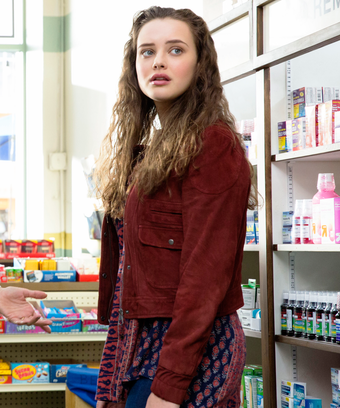 Hannah Baker 13 Reasons Why Season 2 Appearance