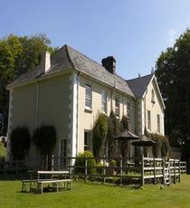 Prince Hall Country House, Dartmoor, England  Sir Arthur Conan Doyle wrote The Hound of the Baskervilles he