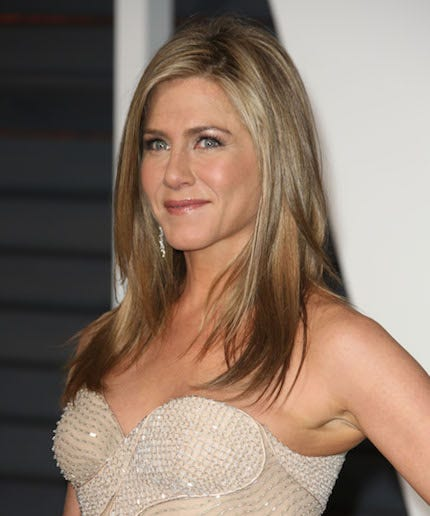 Jennifer aniston argues against injectables says women quot shouldn t be
