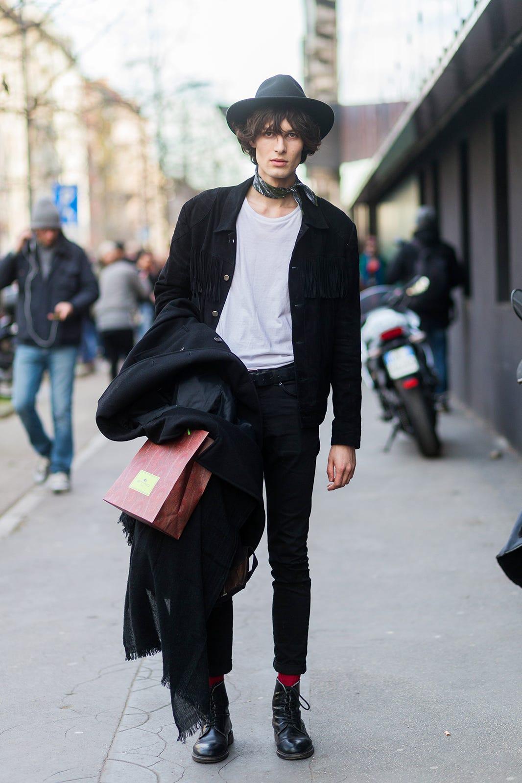 Male Model Off Duty Street Style - Male Model Fashion