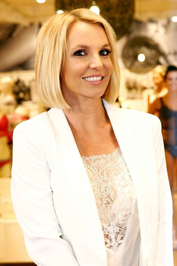 Britney Spears Gets A #GirlBoss Haircut