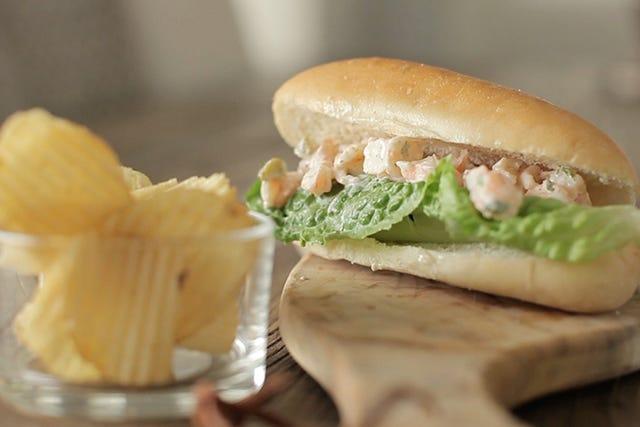 Delicious, 3-Step Shrimp Rolls To Make ASAP