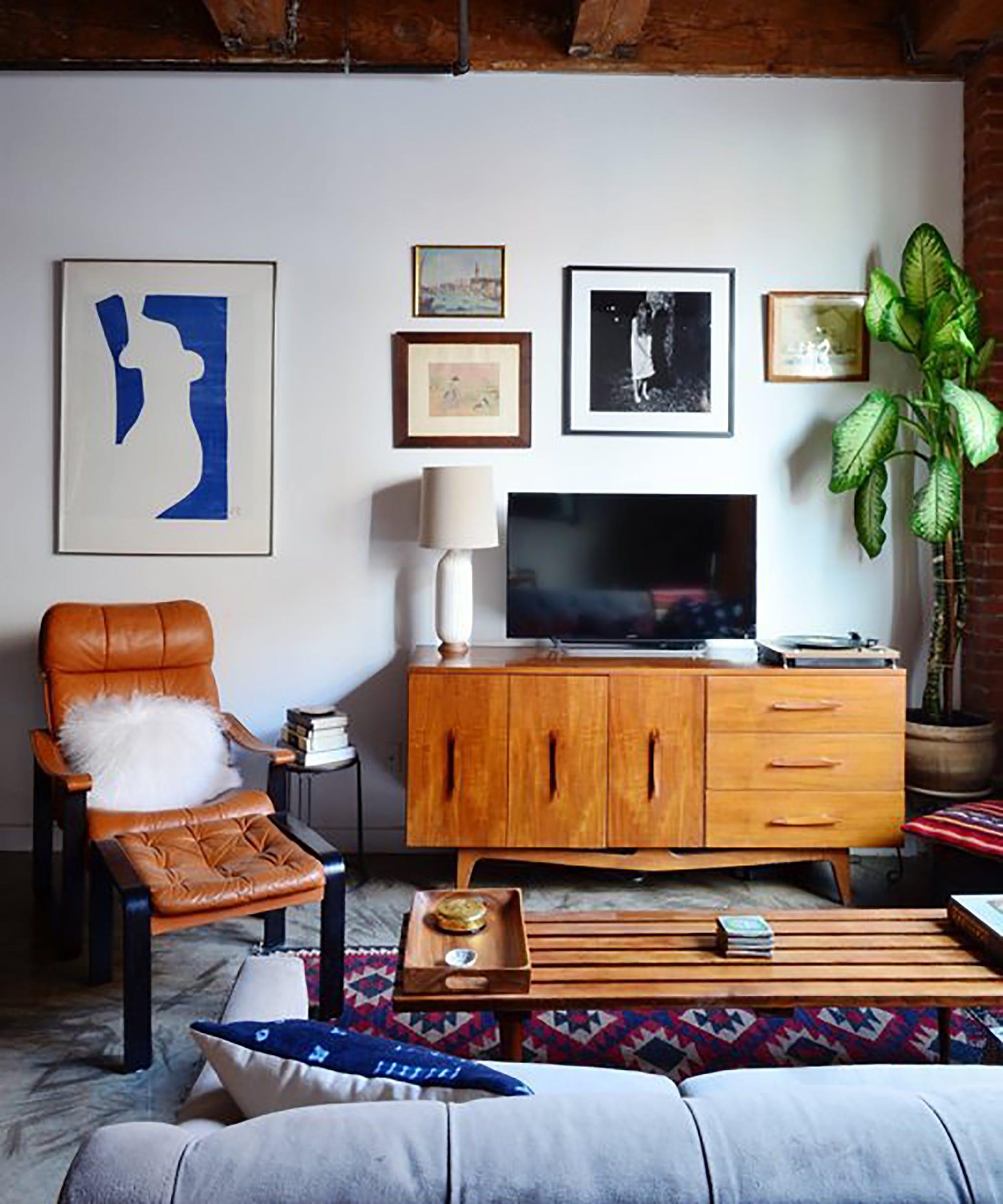 Brooklyn Studio Apartments: Brooklyn Studio Apartment Home Tour Video