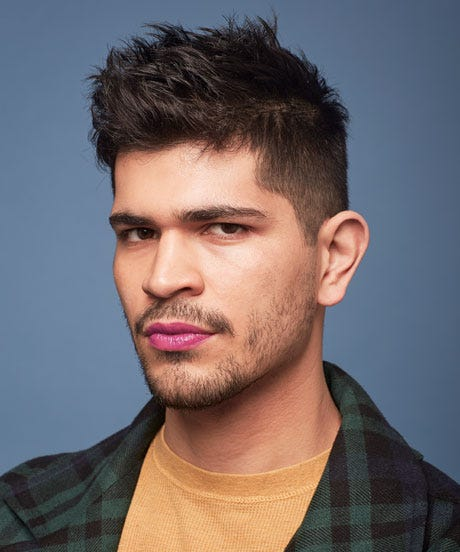 how to put on lipstick for gay guys