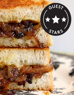 If You Like French Onion Soup, You'll LOVE This Sandwich