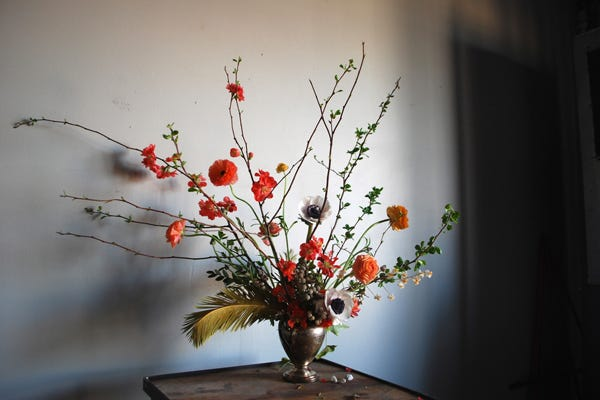 A Beginner's Guide To Bouquet Arrangement (AKA How To Put Flowers In A Vase)