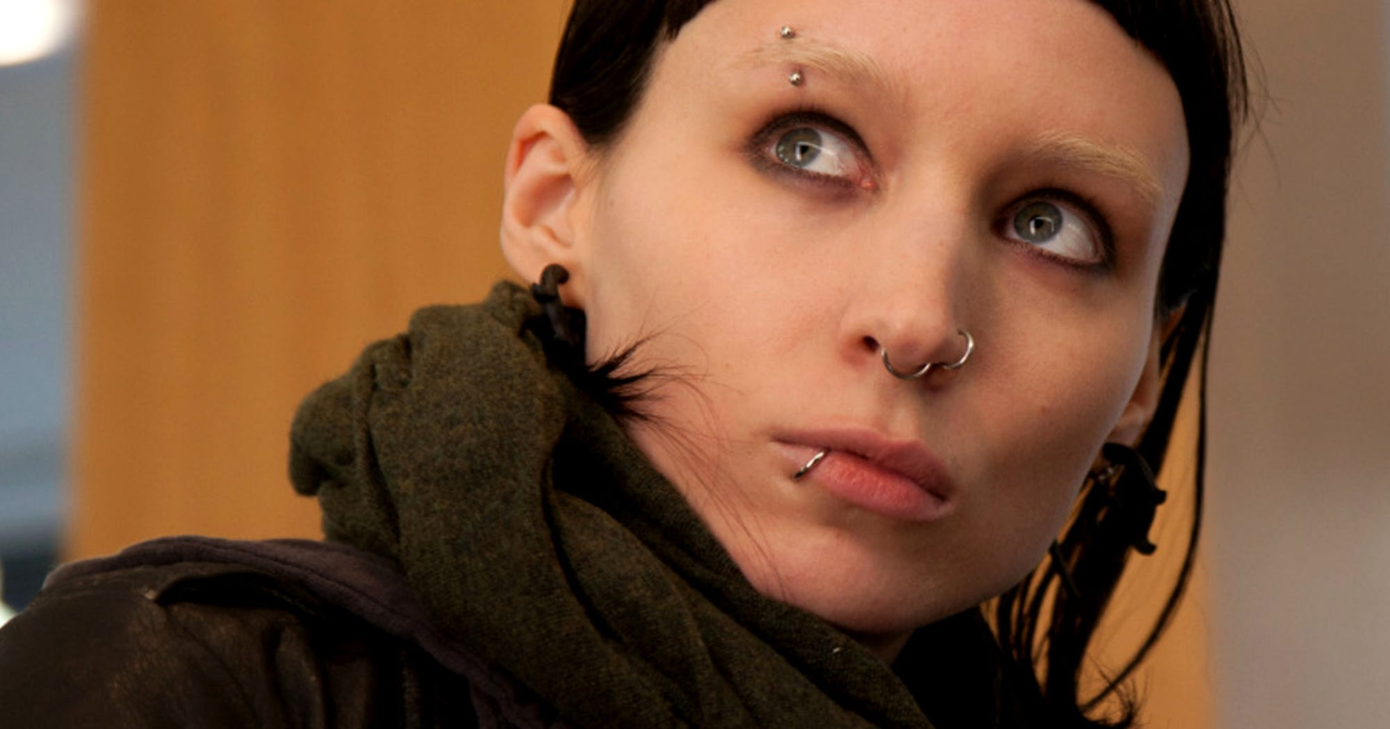 Girl with the dragon tattoo sequel new cast director for Cast of girl with the dragon tattoo