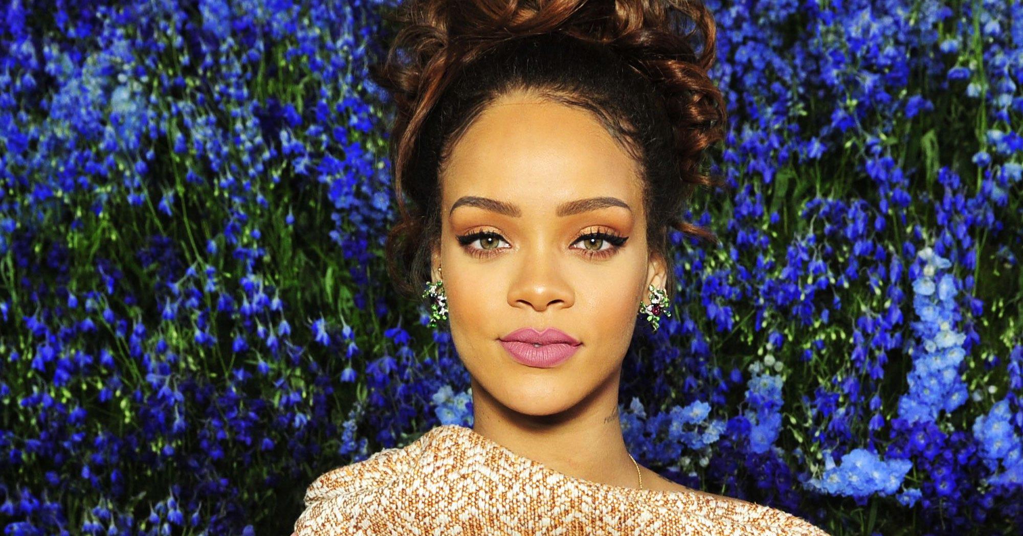Rihanna Blue Hair We Can Survive Concert