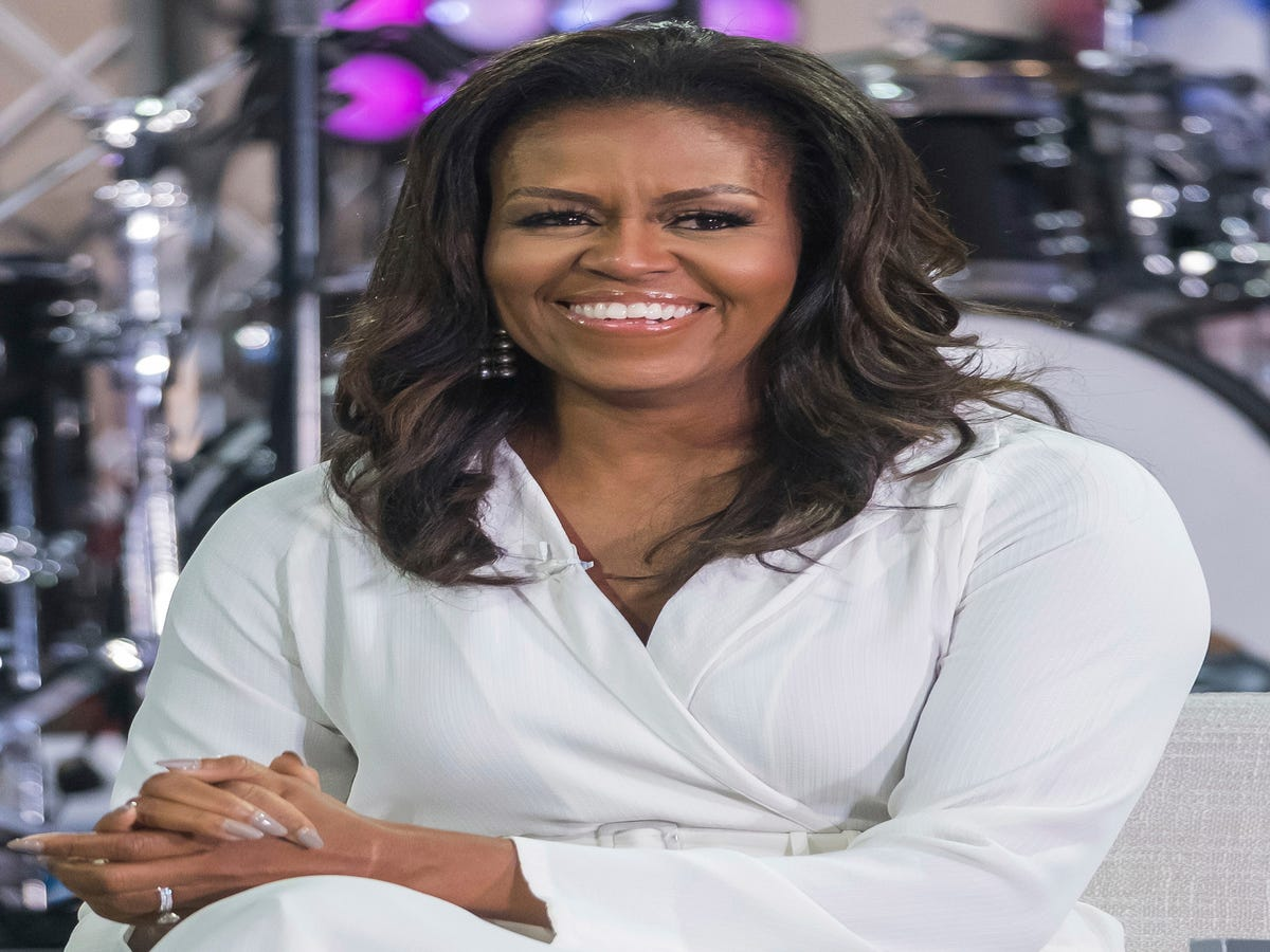 Michelle Obama s Makeup Artist Reveals The Secret To Her Glowing Skin