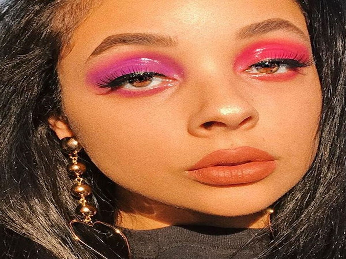Mismatched Eyeshadow Is Here To Challenge The Status Quo