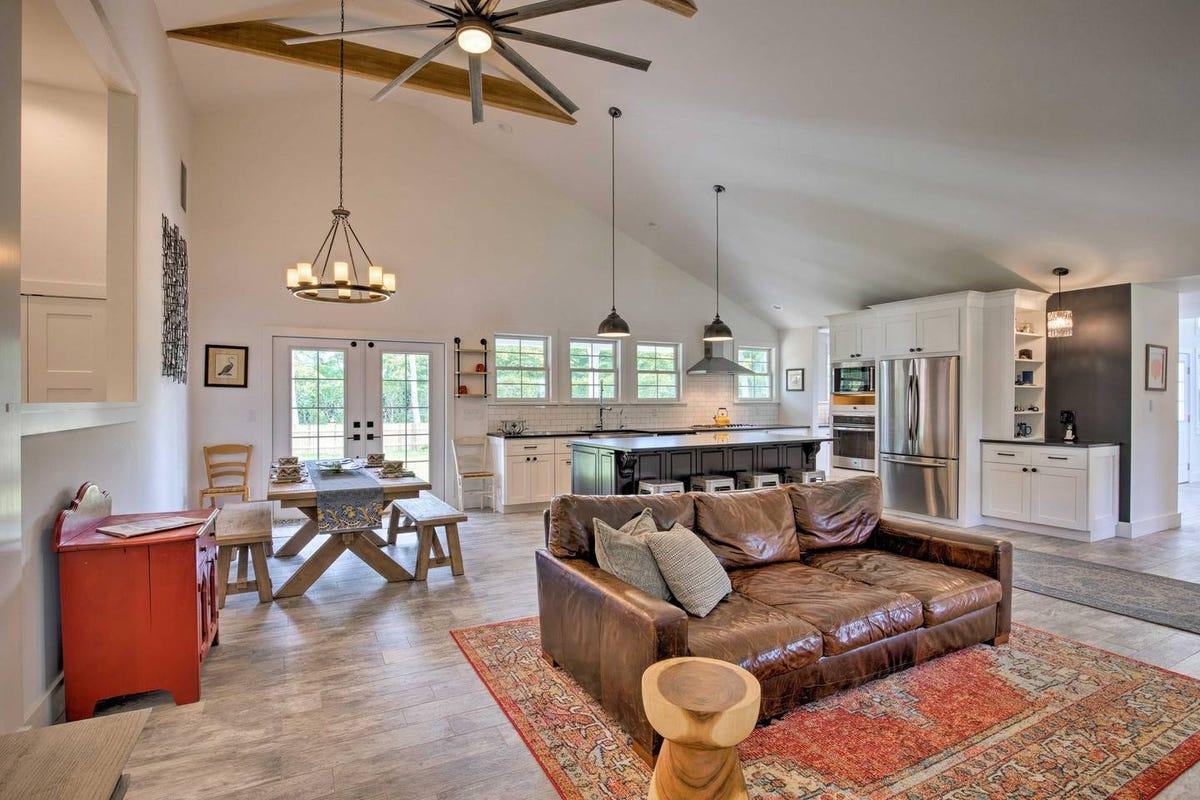 Hamptons Airbnb Rentals For Fun Summer Beach House 2019