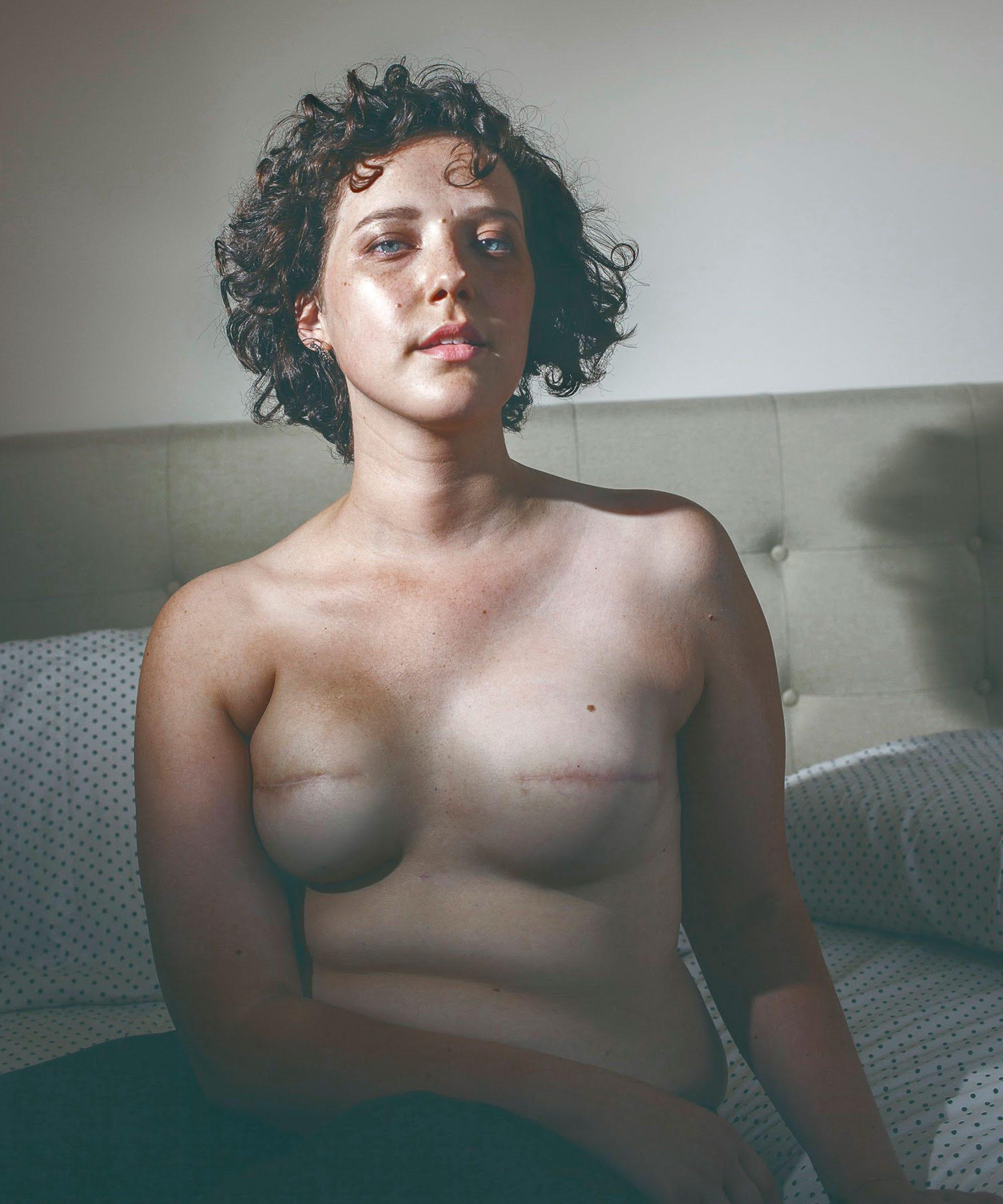 Frau mit den größten brust nackt